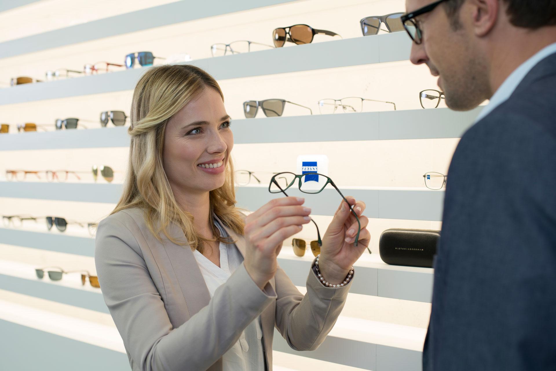 Uma lista de pontos a considerar ao comprar óculos novos 557f0daf3c